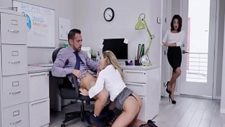 Isabelle Deltore , Isabella Nice In Head Gets You Ahead