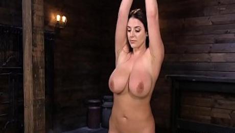 Natural huge tits babe feet stabbed