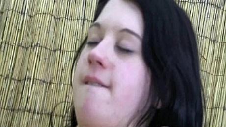 Teen Linda gets massaged and fucked