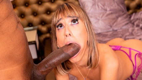 Video 🌶️ Glamorous hottie Janice Griffith nicely fucked by a giant black dick